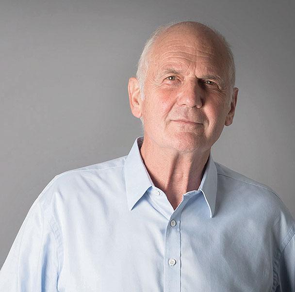 Dr. Helmut Simon